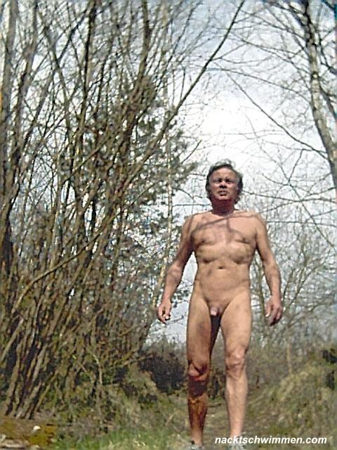 Nackte Männer im Sport