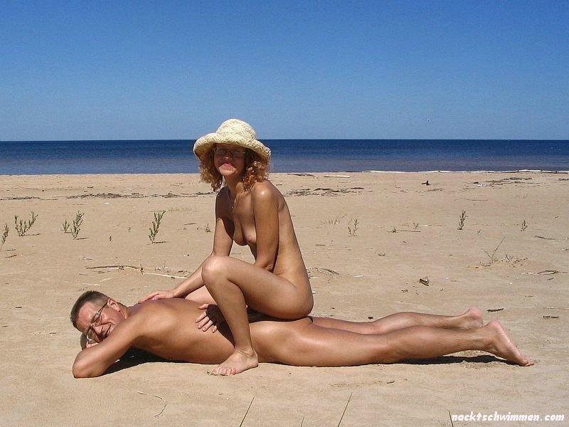 Paare am fkk strand